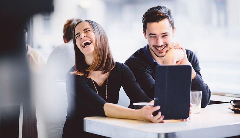 how to make a man laugh