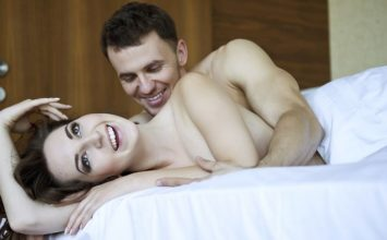 12 Foreplay Moves that Work Exceptionally Well on Men! –
