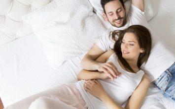 20 Bedtime Stories for Your Girlfriend that are Sure to Please
