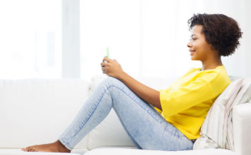 Get a Guy to Stop Texting You: Perfect Excuses and Examples