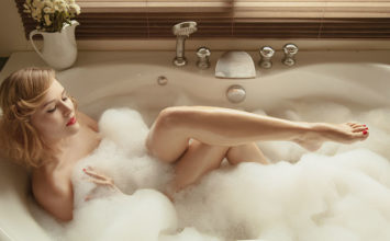 Hot Tub Sex: 20 Sizzling Ways to Have Sex in the Tub