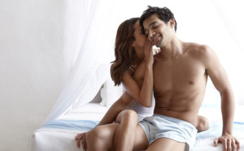How to Emotionally Seduce a Man & Win Over His Heart and Mind