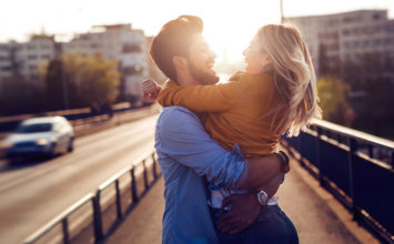 How to Get a Girl Back: 13 Things to Try When You Screwed Up