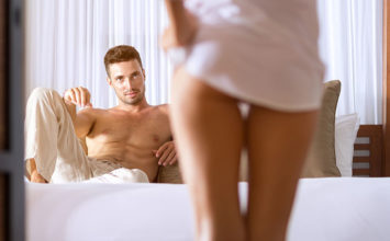How to Get a Girl to Sleep With You: 15 Steps to Seal the Deal