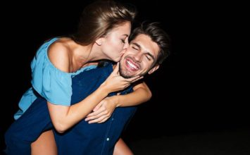 How to Deal with a Needy Girlfriend and Help Her Feel Secure Again