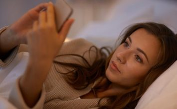 Signs of Obsession: 14 Signs of Obsessive Love You Can't Ignore
